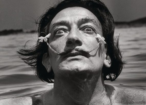 Jean Dieuzaide, Salvador Dalí, s.d. Collezione Würth © Jean Dieuzaide. Fonte: Artribune.